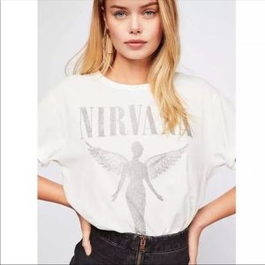 NIRVANA GRAPHIC SHORT SLEEVED TEE